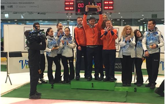 San Prudencio se llena de Curling, de la mano de Harrikada